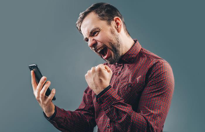 Haz tus apuestas deportivas en línea con Rushbet. Foto: Shutterstock.