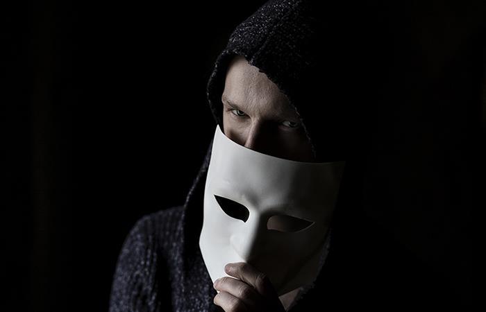 ¿Cómo reconocer a un hombre que quiere jugar con tus sentimientos?. Foto: Pixabay
