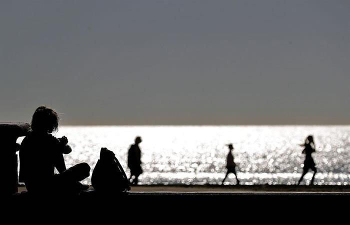 La esperanza de vida podrían reducirse con la pandemia de la COVID-19. Foto: EFE