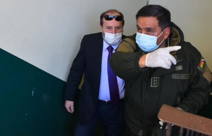 El exministro de Salud, Marcelo Navajas, está en esas dependencias policiales en calidad de aprehendido. Foto: ABI