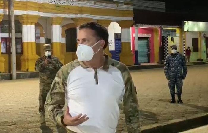 El ministro de Defensa encabeza el plan de acción contra el COVID-19 en Beni. Foto: ABI