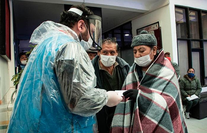 Bolivia sigue registrando cada vez más casos de COVID-19. Foto: EFE