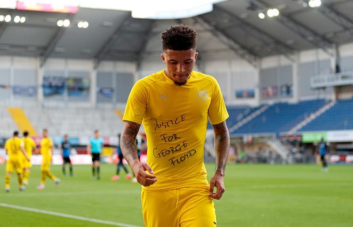 Jadon Sancho aprovechó su gol para pedir justicia por George Floyd. Foto: EFE