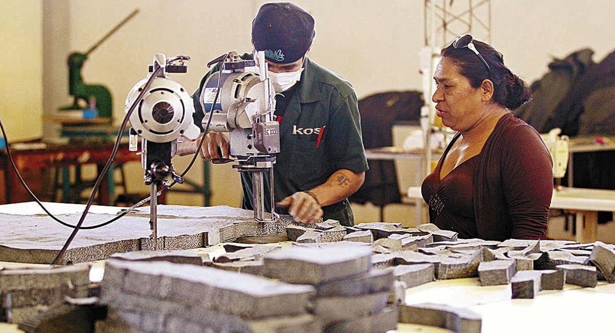 Gobierno impulsará plan trabajo para crear empleos