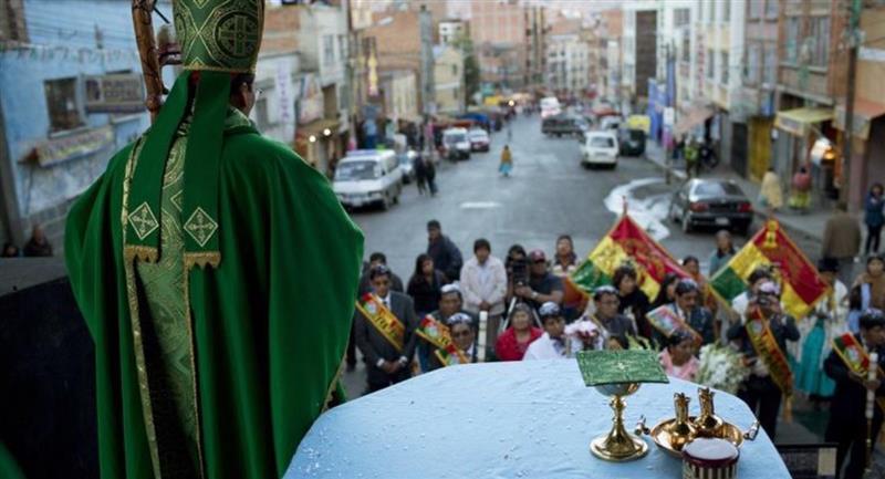 Gobierno boliviano anula el permiso de actos religiosos en medio de la cuarentena