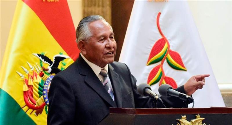 Decreto de educación en Bolivia. Foto: Twitter