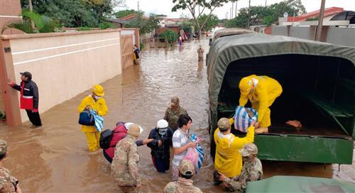 Emergencias reportan más de 100 llamadas por inundaciones en Santa Cruz