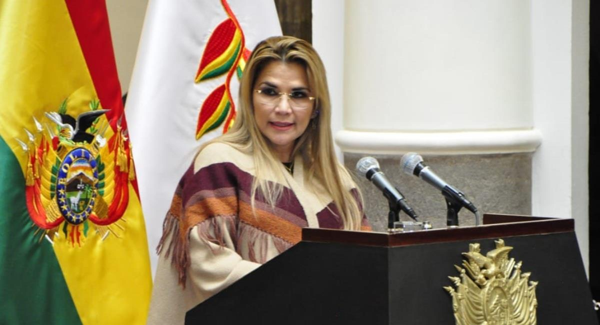 La presidenta Jeanine Áñez promulgó la Ley 1307. Foto: ABI