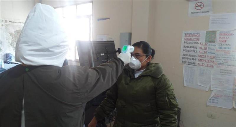 La Policía Boliviana registró 560 casos de COVID-19. Foto: Twitter @Pol_Boliviana