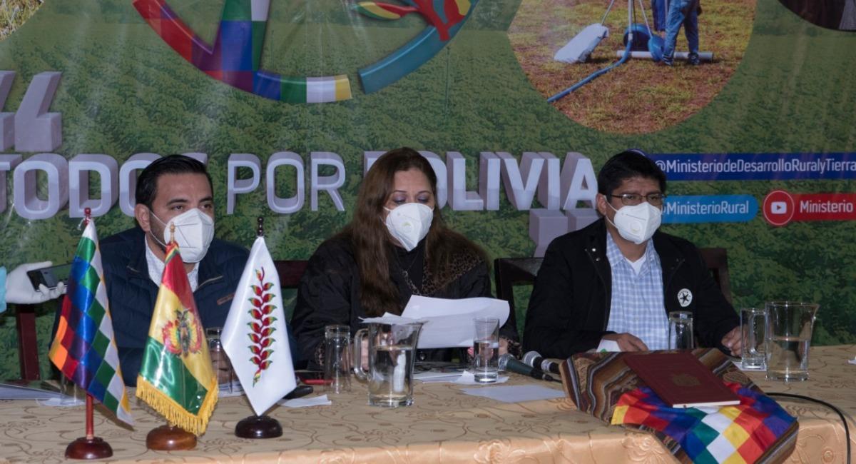 La ministra de Desarrollo Rural y Tierras, Eliane Capobianco. Foto: Twitter @MinisterioRural