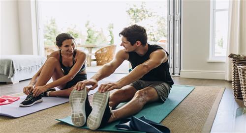 Seis ejercicios fáciles para hacer en casa