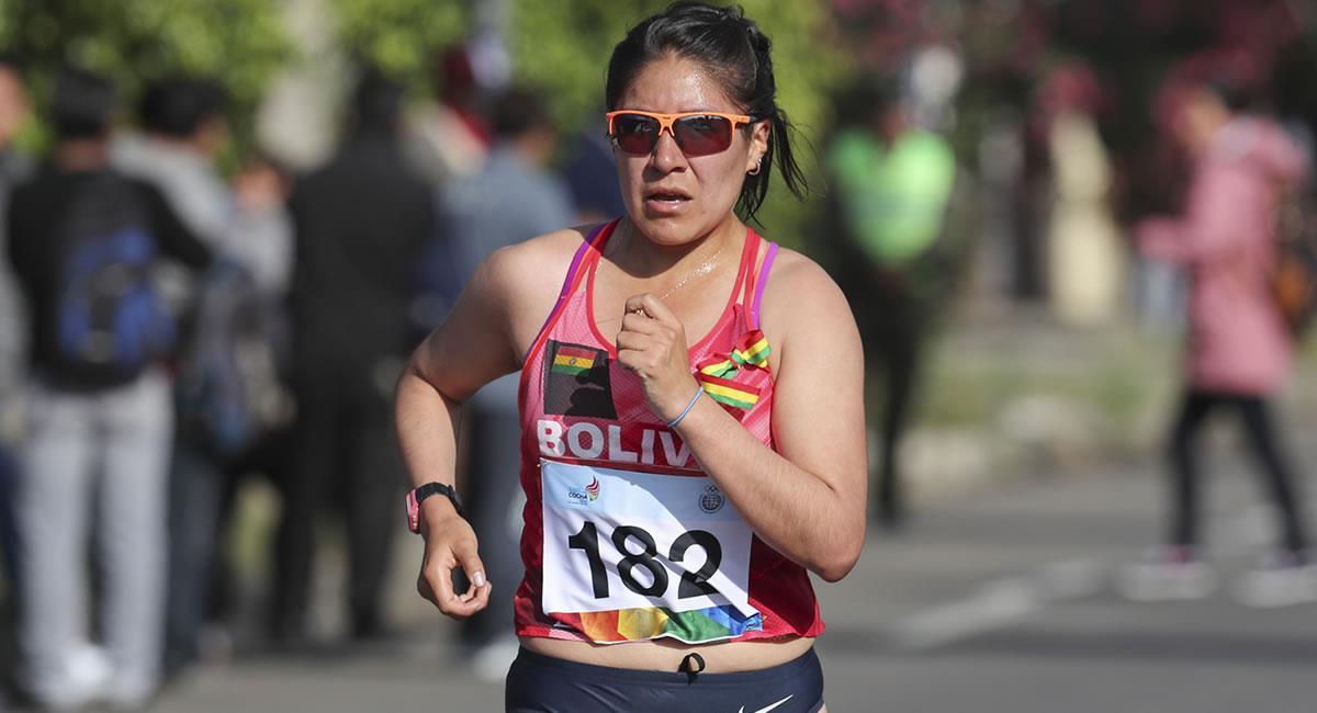 Atleta boliviana Ángela Castro compitiendo en la prueba de 20 kilómetros de los Juegos Suramericanos 2018. Foto: EFE
