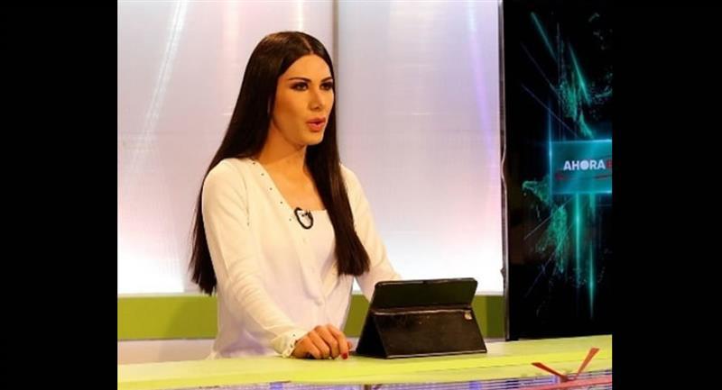 Leonie es conductora del noticiero 'Ahora Bolivia'. Foto: Instagram @unidosxdiversidad