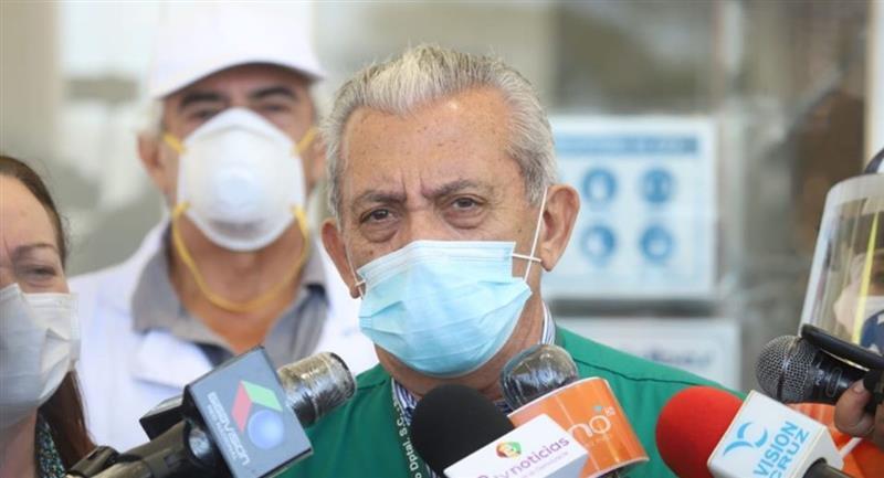 El secretario de Salud de la Gobernación de Santa Cruz, Óscar Urenda. Foto: ABI