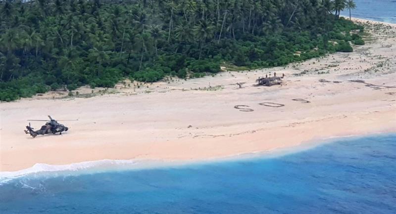 3 hombres son rescatados de una isla desierta. Foto: EFE