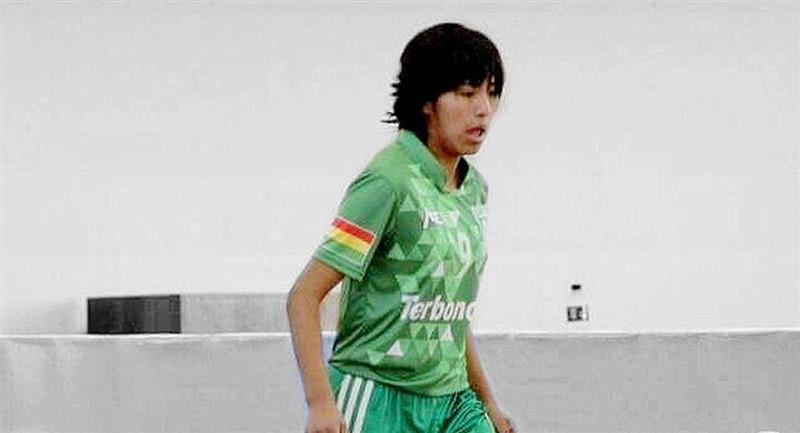 La jugadora boliviana de futsal Karla Ticona. Foto: ABI