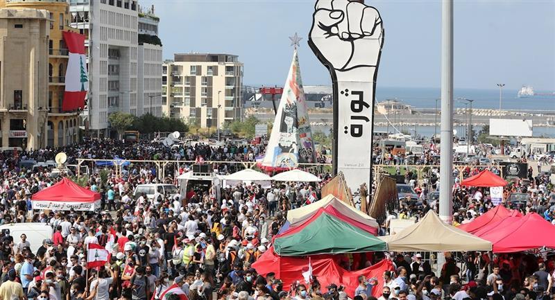 Manifestantes se enfrentaron con la Policía en Beirut. Foto: EFE