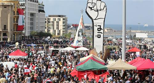 Beirut: Enfrentamientos entre manifestantes y Policía frente al Parlamento