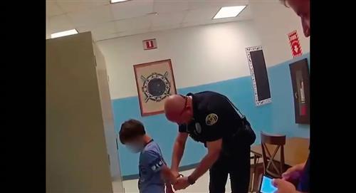 Madre demandará a ciudad de Florida por encarcelar a su hijo de 8 años discapacitado