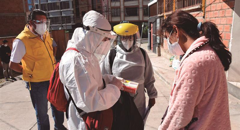 Proceso de rastrillaje en La Paz. Foto: Twitter @LuisRevillaH