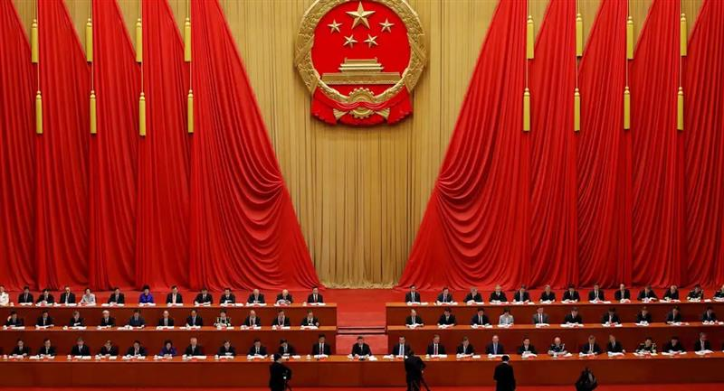 La ceremonia tuvo lugar en un abarrotado Gran Palacio del Pueblo, en Pekín, sede de las reuniones anuales del Parlamento chino. Foto: EFE