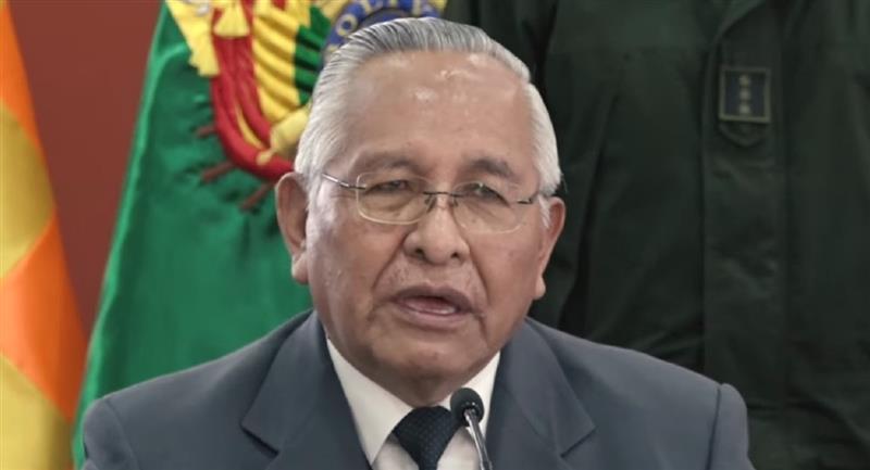 El ministro de Educación, Víctor Hugo Cárdenas. Foto: ABI