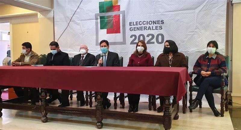 Jeanine Áñez todavía no presentó la renuncia a su candidatura ante el TSE