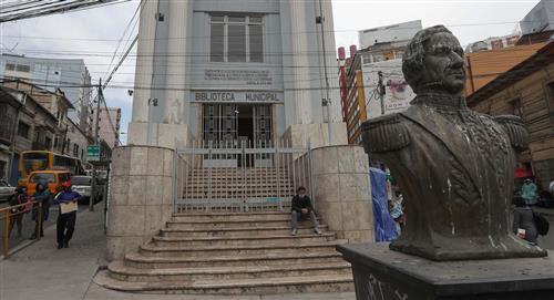 Coloniales y republicanos: los tesoros de la biblioteca municipal de La Paz
