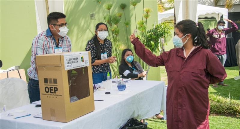Simulacro de las elecciones del 18 de octubre. Foto: ABI