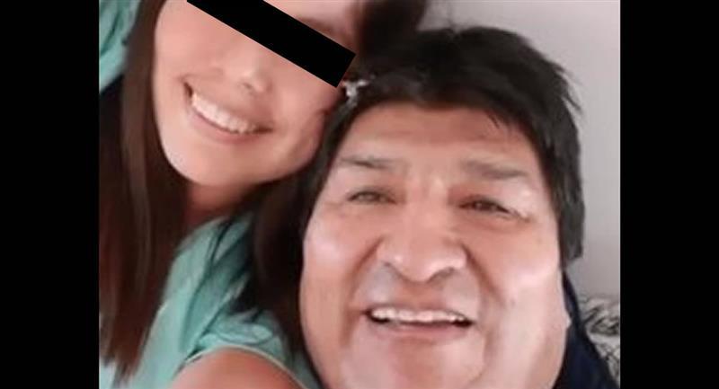 Difunden imágenes que podrían confirmar la existencia de la supuesta hija de Morales con una menor