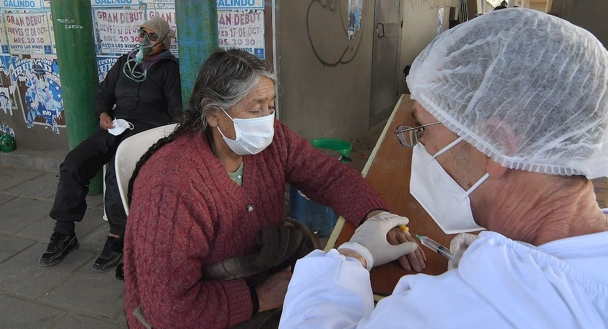 Más del 70% de los enfermos por COVID-19 en Bolivia ya se recuperaron. Foto: EFE
