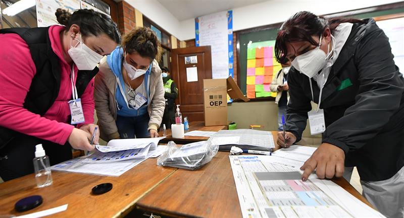 El TSE definió el incremento de Bs 20 el estipendio para los jurados electorales. Foto: ABI