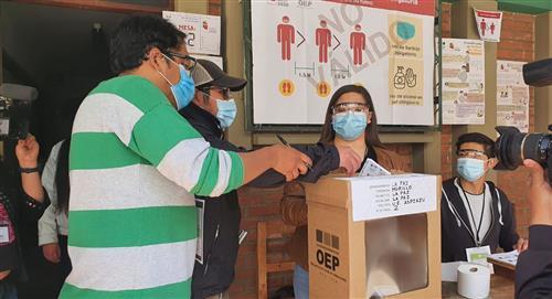 TSE destaca que el 87% de la población habilitada para votar asistió a las urnas