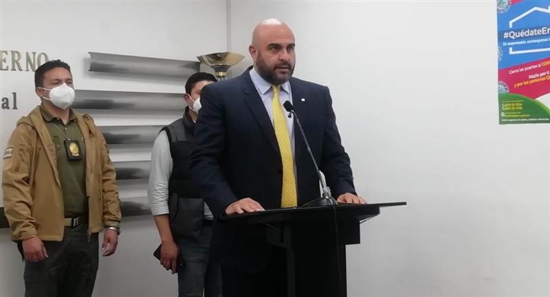 El viceministro de Régimen Interior y Policía, Javier Issa, anunció las investigaciones. Foto: ABI