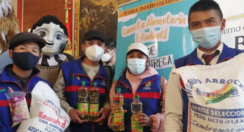 Más de 133.000 estudiantes de La Paz recibirán la Canasta Estudiantil