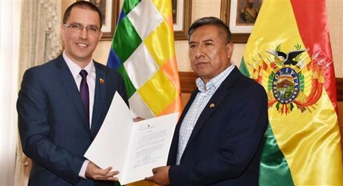 Bolivia retoma relaciones con la Venezuela de Nicolás Maduro
