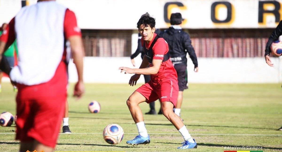 Entrenamiento de la selección boliviana. Foto: Twitter @laverde_fbf