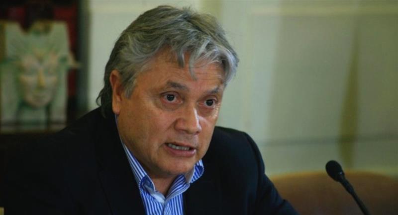 El senador chileno Alejando Navarro. Foto: ABI