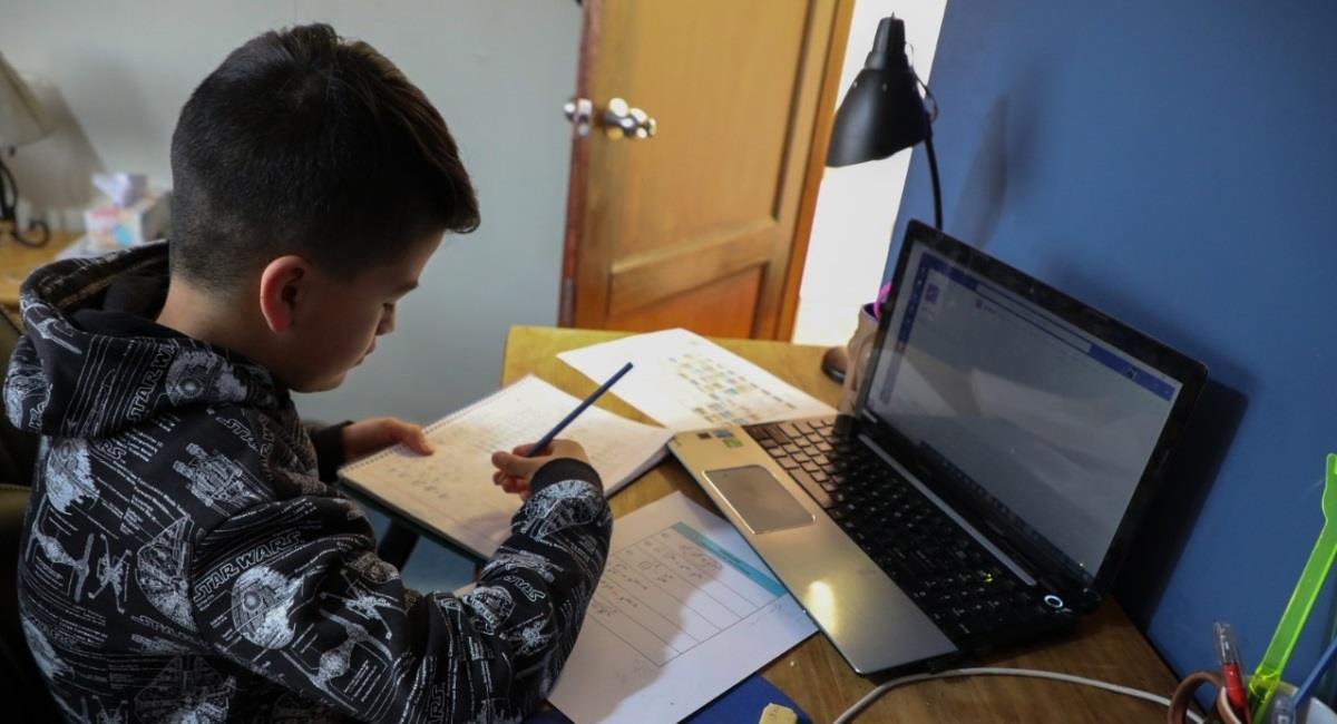 Santa Cruz comenzó la preinscripción en colegios con alta demanda. Foto: ABI