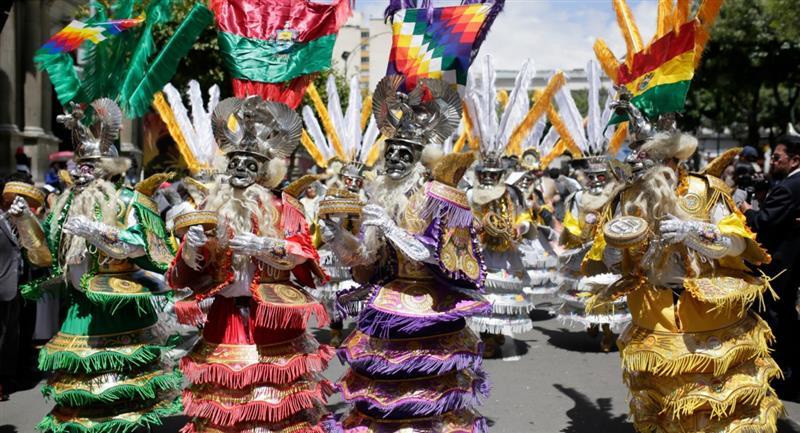 Entrada folclórica en Bolivia. Foto: ABI