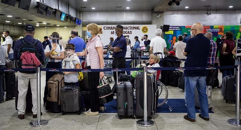 Venezuela autorizó los vuelos comerciales desde y hacia Bolivia