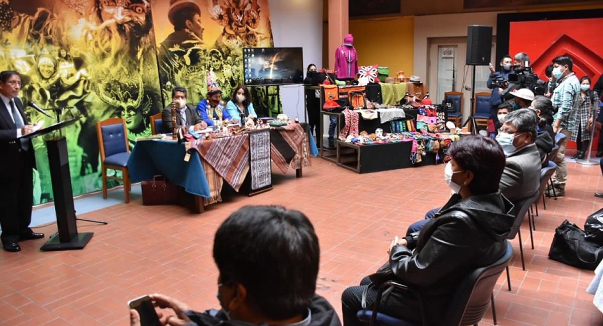 El 16 de diciembre de cada año como el 'Día Nacional del Artesano y Artesana'. . Foto: ABI