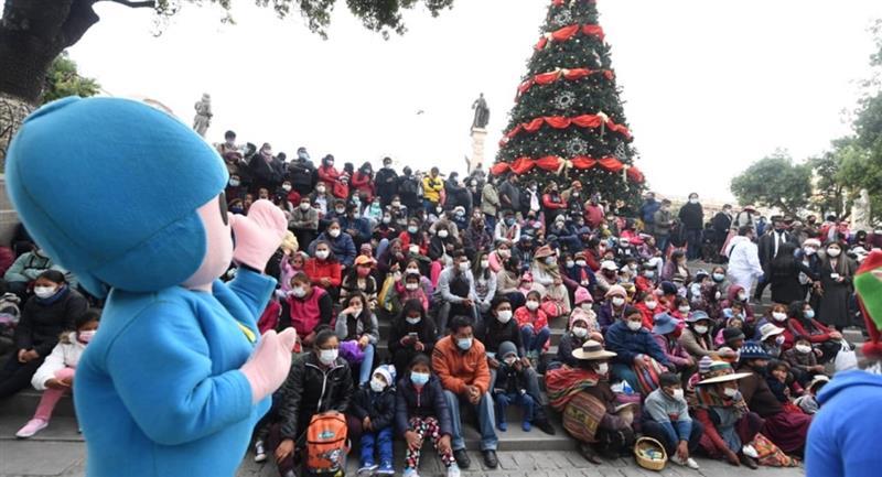 Autoridades envían mensaje por las fiestas navideñas