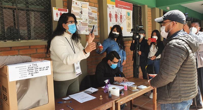 Surge un debate sobre una posible postergación de las elecciones subnacionales. Foto: ABI