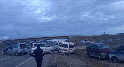 """Transportistas bloquean el eje troncal en 57 puntos y el Gobierno pide """"solución razonable"""""""