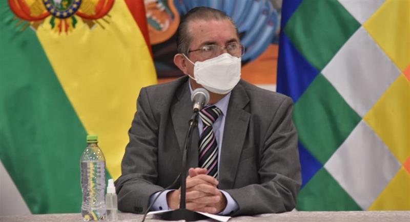 El ministro de Salud, Edgar Pozo. Foto: ABI