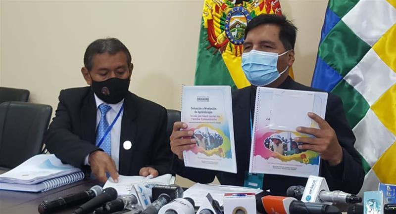 Conferencia de Prensa del Ministerio de Educación. Foto: ABI
