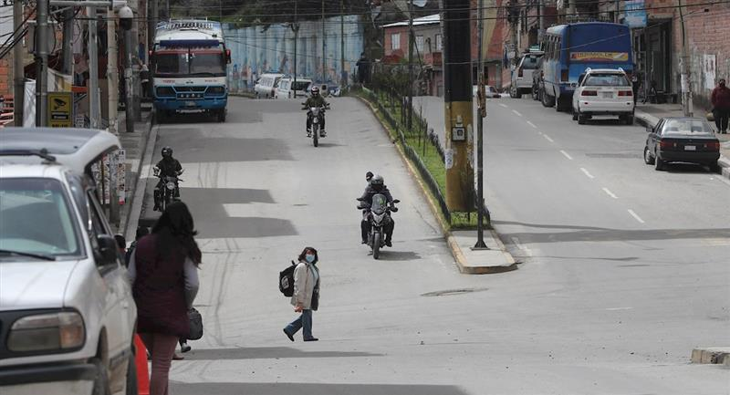Paro de chóferes que piden diferir el pago de préstamos. Foto: EFE