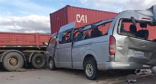 Cuatro venezolanos perdieron la vida en un accidente de tránsito en Bolivia