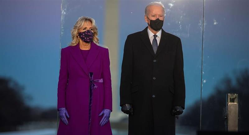 Presidente electo de Estado Unidos, Joe Biden, junto a su esposa Jill. Foto: EFE
